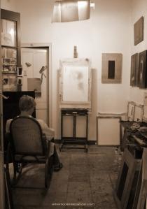 01-interiores-busutil-escuchar-pintura-alberto-reina